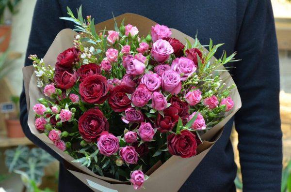Купить средний букет роз в Гомеле