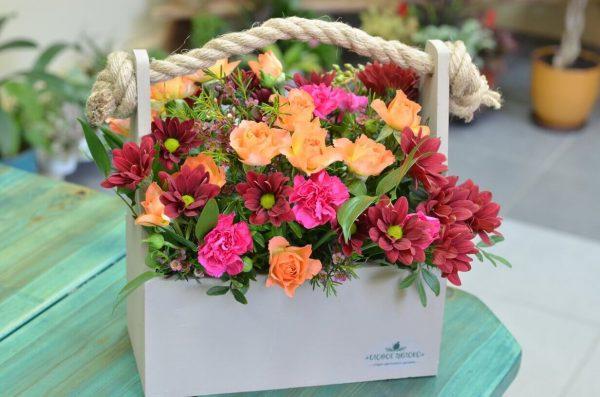 Заказать композицию из искусственных цветов в Гомеле