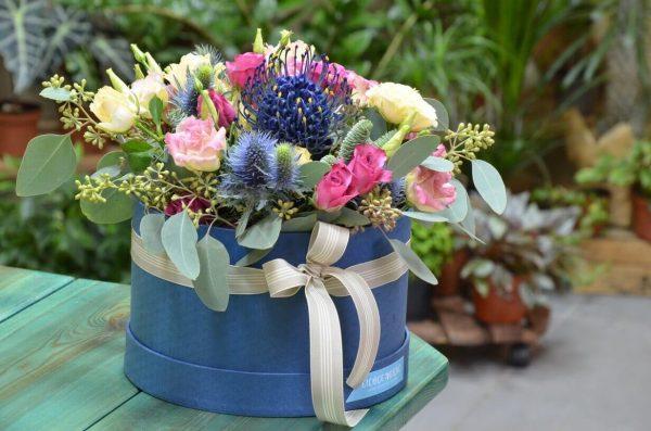 Заказать композицию из цветов в Гомеле