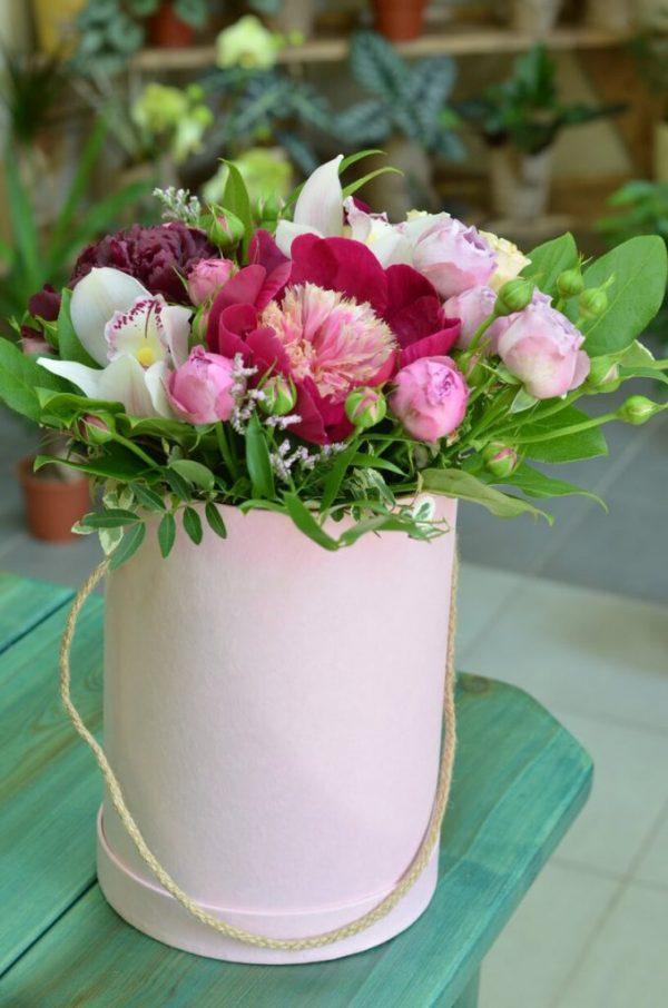 Цветы в коробке в Гомеле